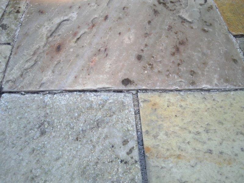 Lavagem de piso de pedra
