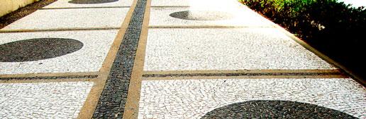 Limpeza de Mosaico Português